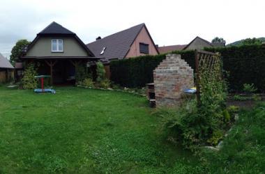 Dom Tkacki