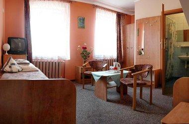 Hotel IRENA *