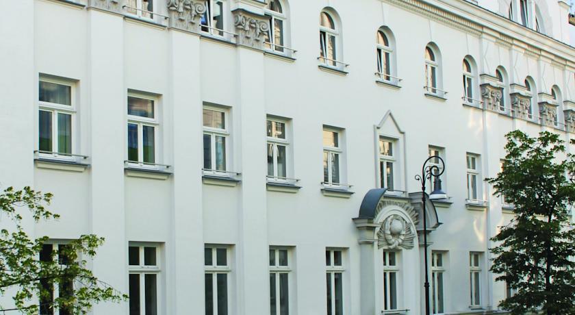 H15 Boutique Apartments