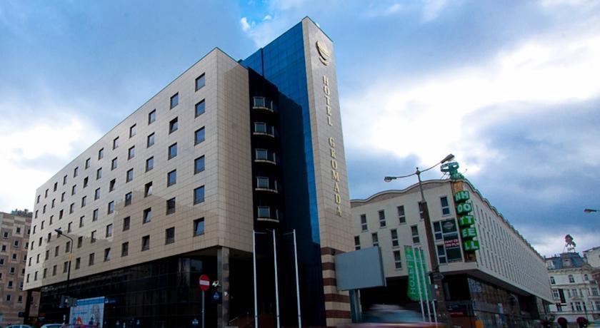 Hotel Gromada Dom Chłopa