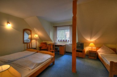 Hotel HABENDA **