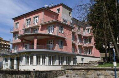 Hotel KASZTELANKA