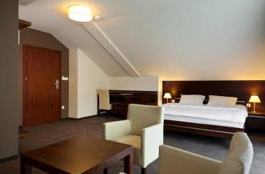 Hotel Podzamcze ***