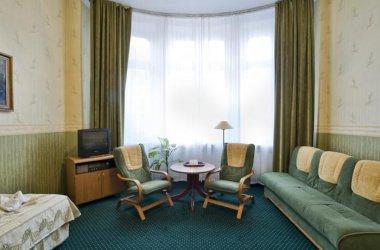 Hotel Savoy **
