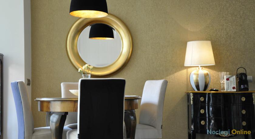 Luxury Apartments Mondrian Old Town