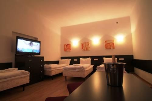 Night Experience Apartments