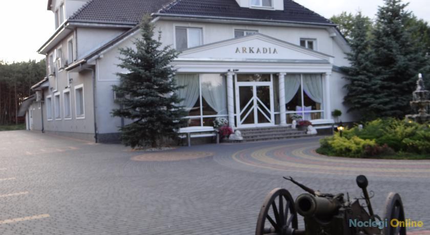 """Pensjonat Sala Bankietowa """"Arkadia"""""""