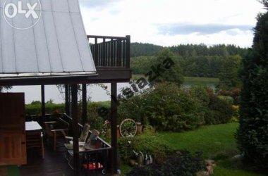 Piękny domek nad jeziorem