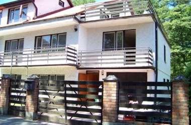 Pokoje Gościnne 2,3,4 osobowe, apartamenty 5-osobowe