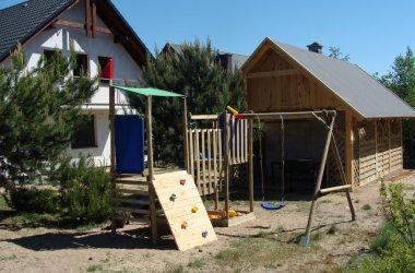 Pokoje LUŚKA (domek letni i mieszkania dwupokojowe - apartamenty)