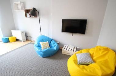 Rainbow Apartments 7