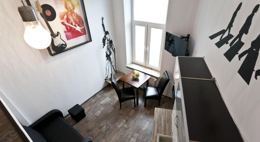 Rock Star Apartment