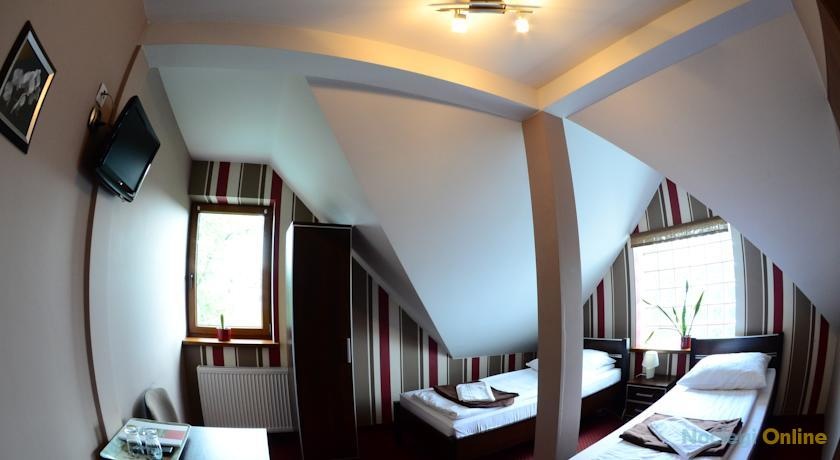 Route One - Restauracja & Pokoje Hotelowe