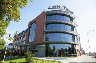 Ruben Hotel Zielona Góra ****
