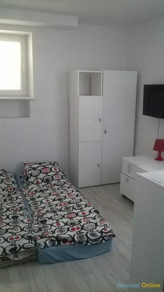 Samodzielne pokoje z łazienkami
