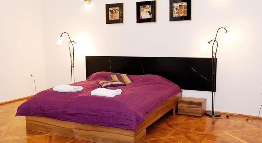 Szczepańska 3 Apartmenthouse