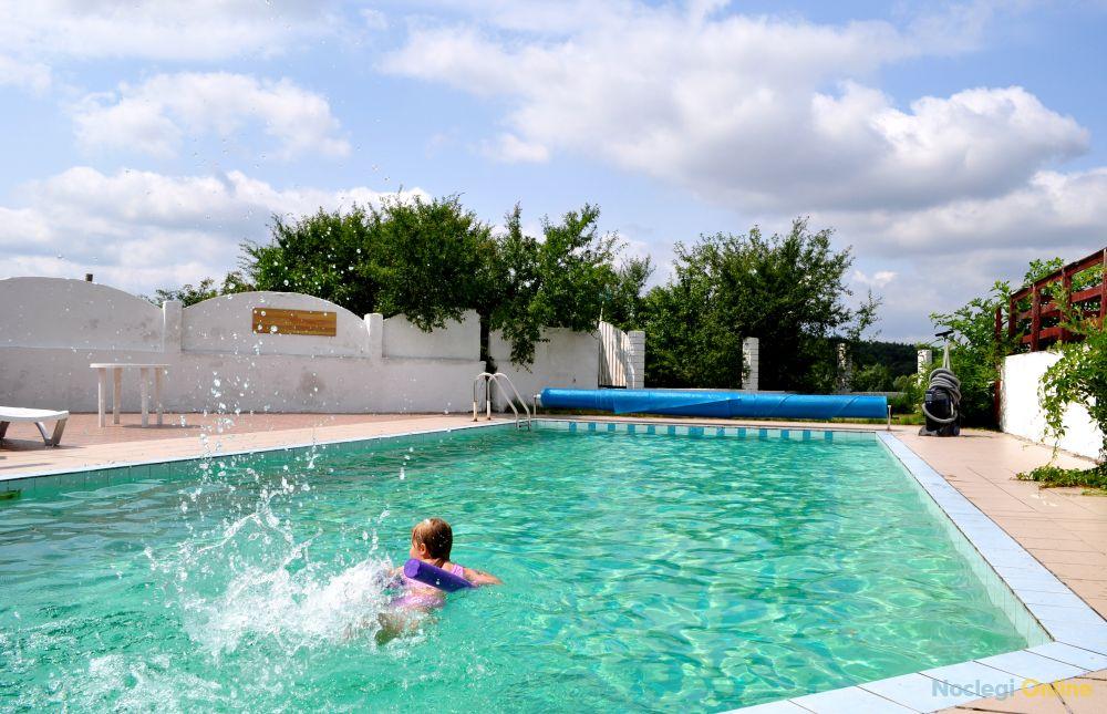 Uroczysko z basenem